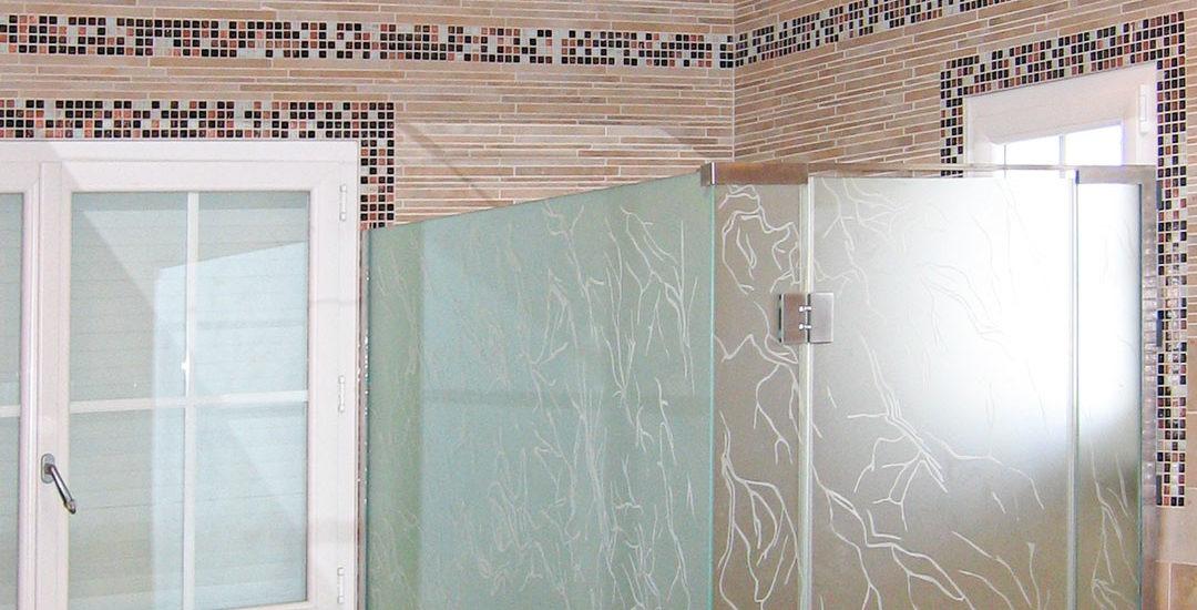 Cabine de douche en verre dépoli avec motif gravé ARIZIO MIROIR DECO