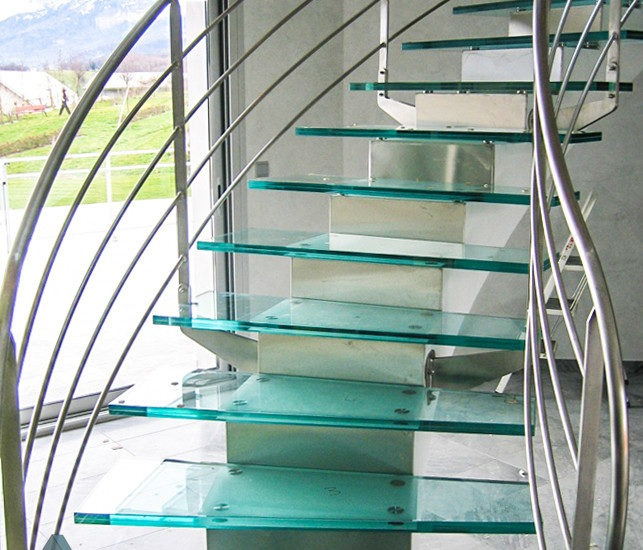Escalier société ARIZIO MIROIR DECO